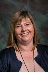 Mrs Sandra Luff : Office Manager